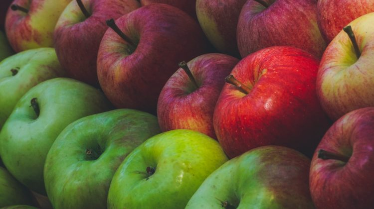 What type of apples to use in salads?